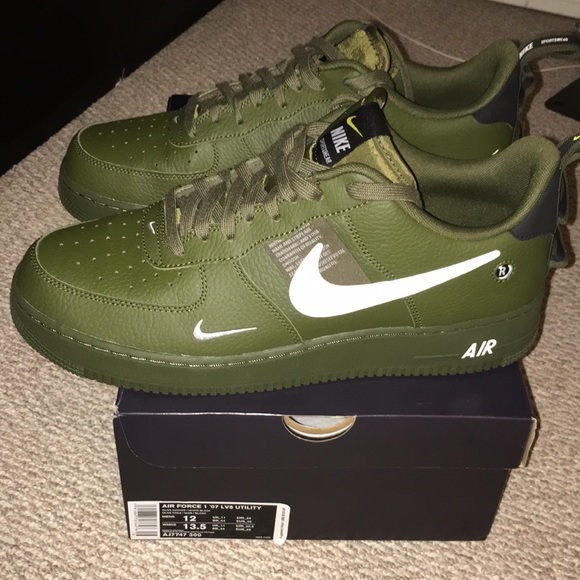Nike Air Force 1 07 Canvas Schuhe oliv im Shop Herren